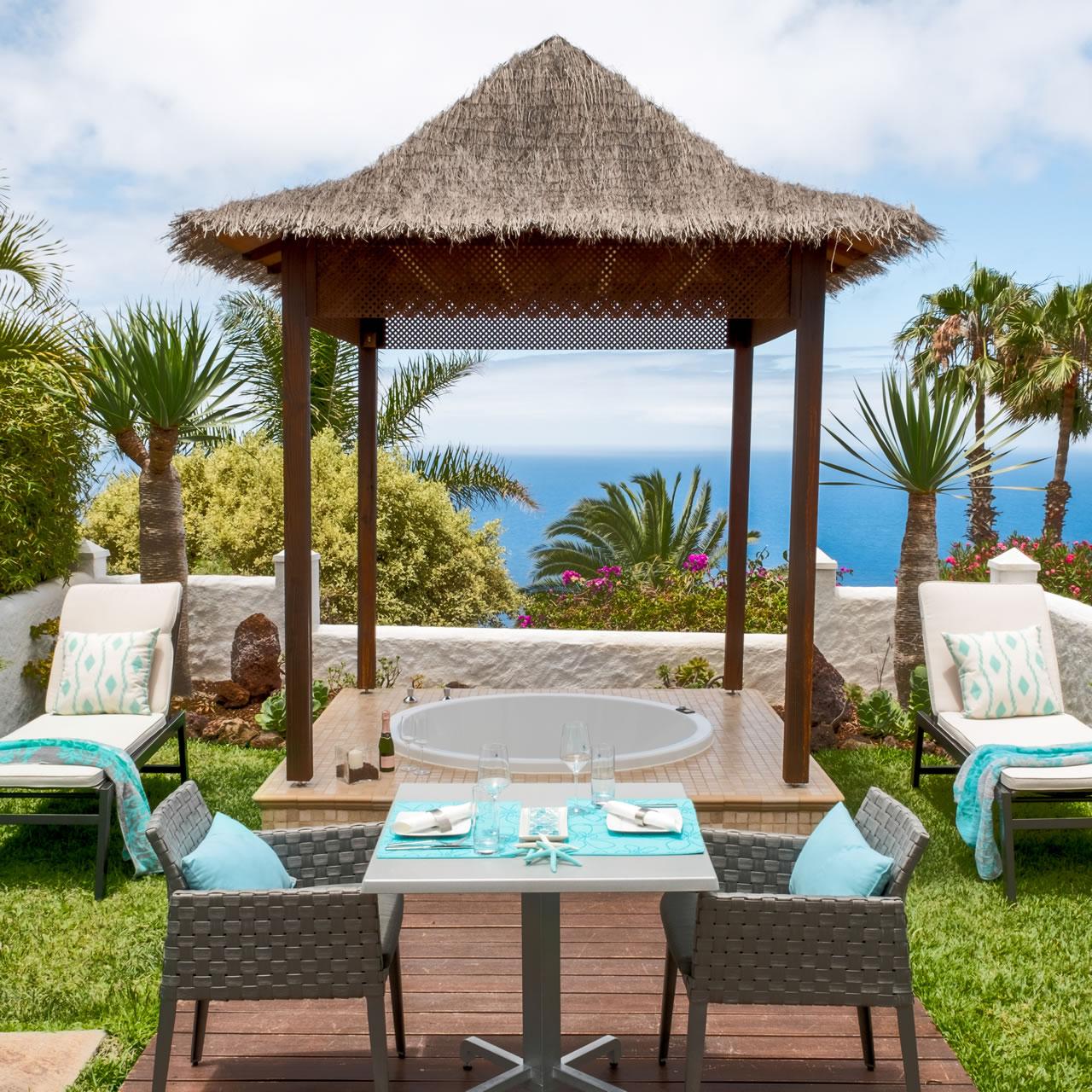 Casa san marco im jardin de la paz design suite mit meerblick - Whirlpool pavillon ...